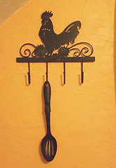Rooster Metal Wall Rack