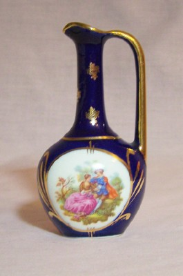 Giffard Blue Pitcher