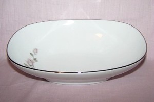 Kenmark China Boutique oval vegetable bowl